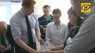 Ортопеды из Англии поделились опытом лечения косолапости методом Понсети с гродненскими коллегами